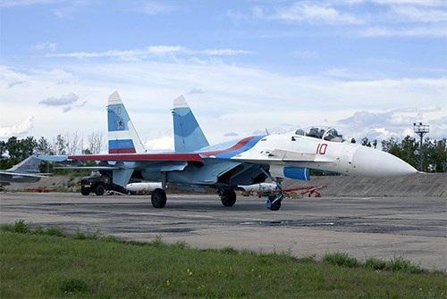 40 năm của một trong những dòng máy bay chiến đấu thành công nhất thế giới - Su-27 - 2