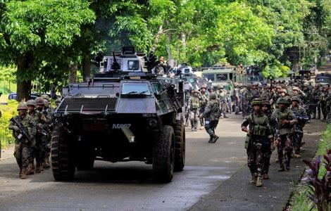 Các đơn vị quân đội dần làm chủ nhiều khu vực ở Marawi. Ảnh: CBS News.