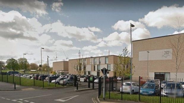 Trường Thomas Tallis (Kidbrooke, Anh) đã có bài tập gây tranh cãi.