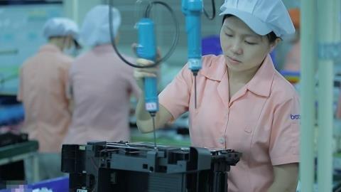 Công nhân trên 35 tuổi thất nghiệp để lại nhiều hậu quả đáng lo. Ảnh: NTV