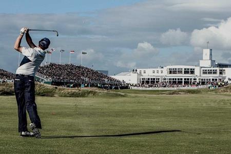Giải golf Open vừa chính thức khởi tranh