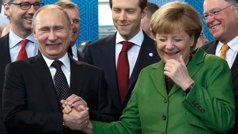 EU sẽ không thể cười nụ với việc Mỹ luật hoá trừng phạt Nga