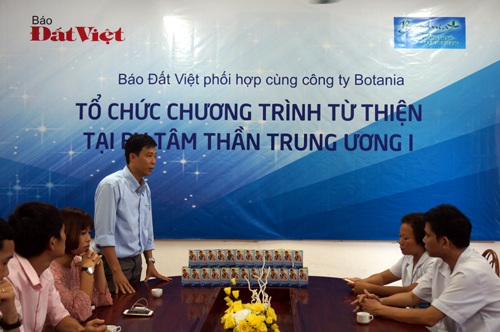 Bác sĩ Nguyễn Khắc Hoàng, Phó giám đốc công ty Botania chia sẻ trong chương trình từ thiện