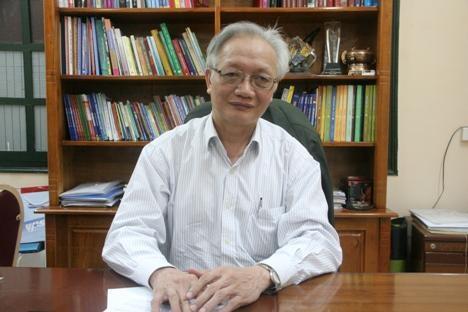 TS Nguyễn Tùng Lâm (Hiệu trưởng trường THPT Đinh Tiên Hoàng - Chủ tịch Hội Tâm lý Giáo dục Hà Nội).