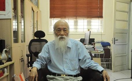 PGS. Văn Như Cương rất buồn trước suy nghĩ của phụ huynh cho rằng cách giáo dục của trường Lương Thế Vinh hà khắc.