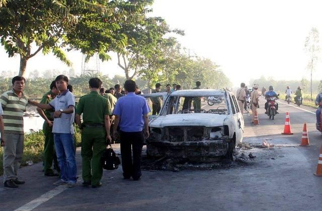 Hiện các đơn vị nghiệp vụ đang tiến hành xác minh, làm rõ nguyên nhân vụ cháy xe.