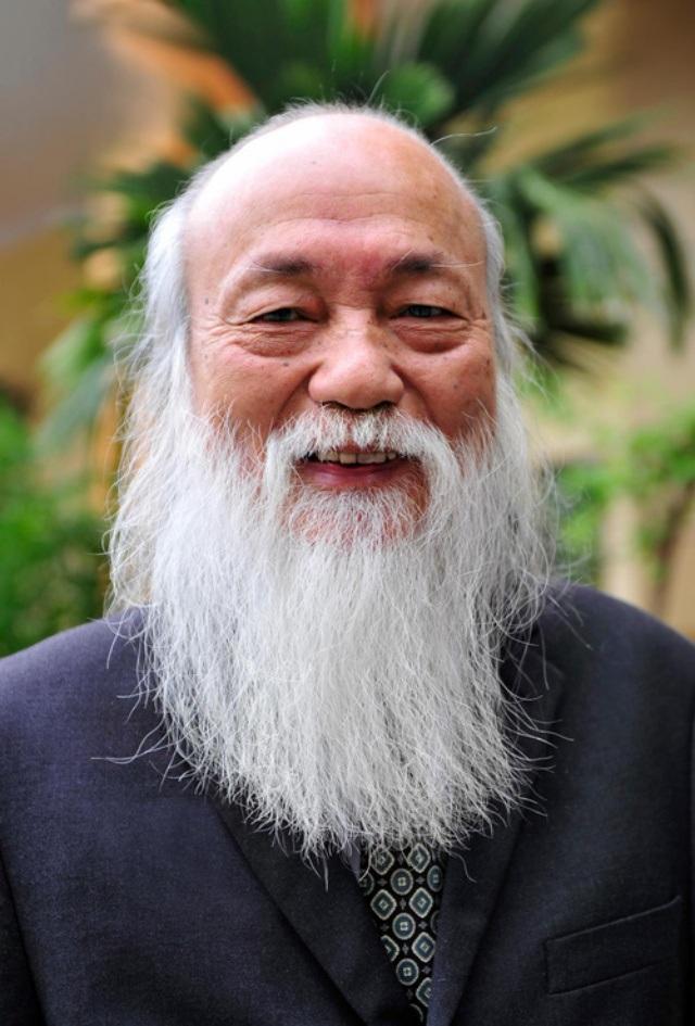 """Trong kí ức của nhà giáo Nguyễn Xuân Khang, PGS Văn Như Cương là một """"ông đồ xứ Nghệ"""" thông minh, tài hoa, kiên gan bền chí."""