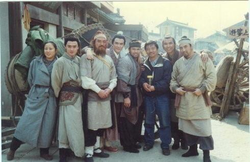 """Những hình ảnh hiếm của đoàn làm phim """"Thủy Hử 1998"""" - 2"""