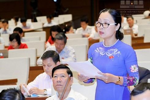 Đại biểu Nguyễn Thị Quyên Thanh (đoàn Vĩnh Long)-ảnh: Cổng TTĐT Quốc hội