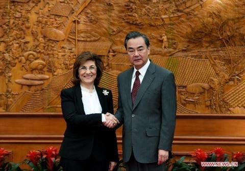 Cố vấn Tổng thống Syria Bouthaina Shaaban trong chuyến thăm Trung Quốc