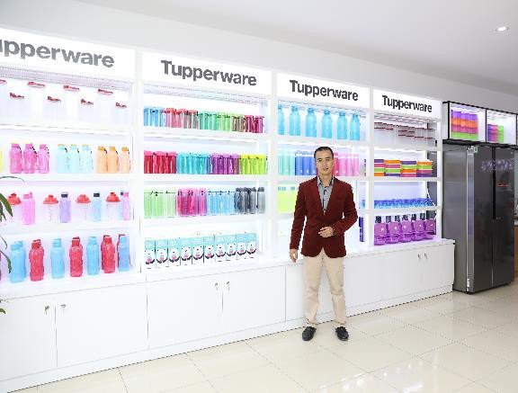 Anh Cao Văn Tường tại cửa hàng Tupperware Ngọc Tường, khu đô thị Mỹ Đình Gardenia