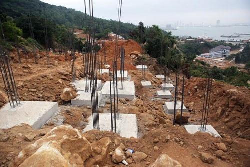 Dự án xây dựng 40 móng biệt thự trái phép ở Sơn Trà bị phát hiện vào tháng 3-2017