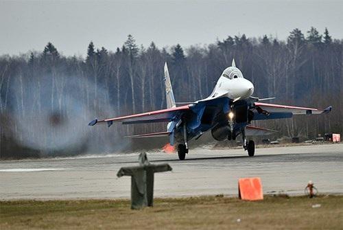 40 năm của một trong những dòng máy bay chiến đấu thành công nhất thế giới - Su-27 - 11
