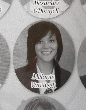 Melanie khi còn đi học