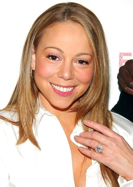 Để đổi lấy cái gật đầu đồng ý của Mariah Carey, Nick Cannon từng phải bỏ ra tới 2.5 triệu đô la Mỹ để mua về một chiếc nhẫn kim cương vô cùng sang chảnh