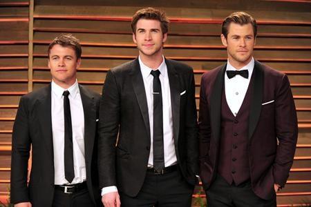 Chris, Liam và Luke Hemsworth chắc chắn là bộ ba anh em diễn viên nổi tiếng nhất tại Hollywood và cả ba đều sở hữu ngoại hình cực kỳ điển trai, nam tính