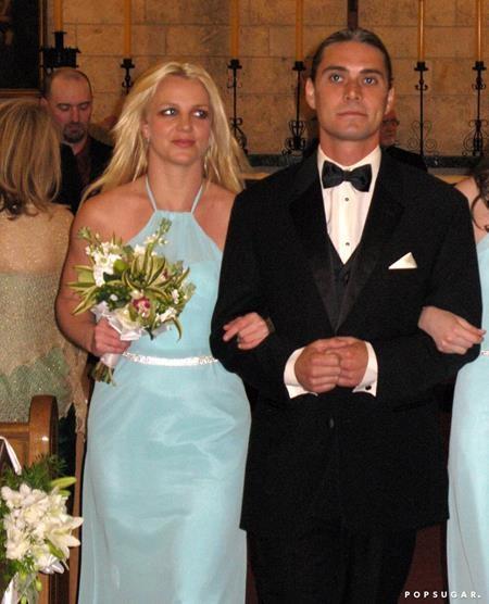 Britney Spears đã diện một chiếc váy xanh tuyệt đẹp khi làm phù dâu hồi năm 2011