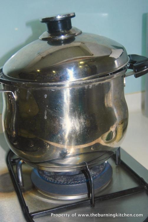 Bí quyết luộc gà, nấu xôi thơm mềm, đẹp mắt cúng Rằm tháng Bảy - 5