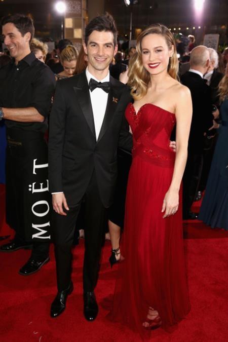 Brie Larson quá đỗi quyến rũ và xinh đẹp khi sánh đôi bên cạnh vị hôn phu Alex Greenwald