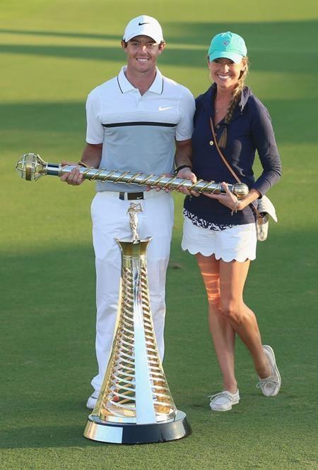 Sau khi Rory McIlroy chia tay ngôi sao quần vợt Caroline Wozniacki, tay golf này đã nhanh chóng hẹn hò với người đẹp Erica Stoll