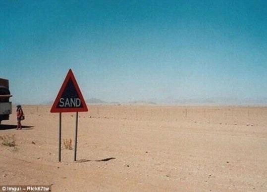 """Những tấm biển báo vô nghĩa nhất """"vịnh bắc bộ"""" - 13"""