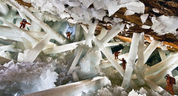 Những hang động đẹp đến mức bất kì ai cũng phải choáng ngợp - 13
