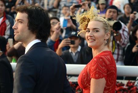 Kate Winslet và Ned Rocknroll đã tổ chức một hôn lễ cực kỳ bí mật tại New York hồi tháng 12/2012