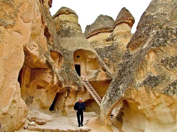 Những hang động đẹp đến mức bất kì ai cũng phải choáng ngợp - 14
