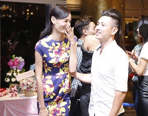 Vợ bị chê vừa già vừa xấu, Phan Hiển dẫn đầu top sao nam đáp trả đanh thép - 5