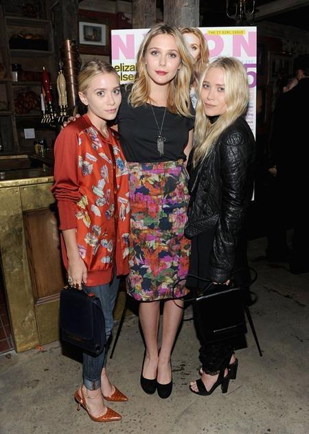 """Trong khi cặp chị em sinh đôi Mary-Kate và Ashley Olsen sớm tạo dựng được danh tiếng trong làng nghệ thuật thì cô em gái của cả hai, Elizabeth Olsen trong những năm gần đây cũng đã liên tục tham gia vào nhiều dự án lớn như """"Godzilla"""" hay """"Biệt đội siêu anh hùng"""" và dần vươn lên trở thành một ngôi sao sáng tại Hollywood"""