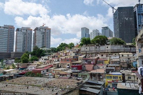 Việt Nam xuất hiện trong bộ ảnh về sự đối lập giàu - nghèo trên báo nước ngoài - 17