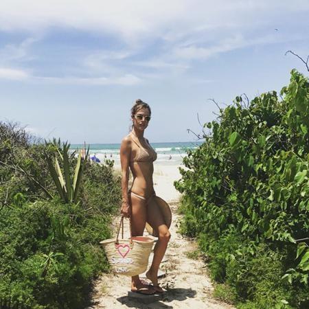Trong danh sách những người đẹp diện bikini quyến rũ dĩ nhiên cũng không thể thiếu vắng Alessandra Ambrosio