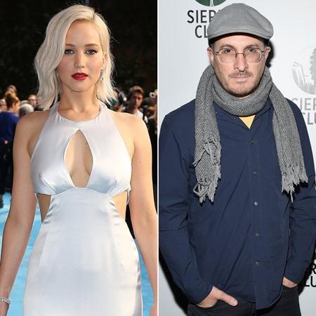 """Jennifer Lawrence, 26 tuổi, đã khiến rất nhiều fan nam phải đau lòng khi hẹn hò cùng đạo diễn Darren Aronofsky, 47 tuổi. Tuy khoảng cách tuổi tác giữa cả hai hết sức chênh lệch nhưng J.Law vẫn đang vô cùng hạnh phúc bên """"tình già""""."""