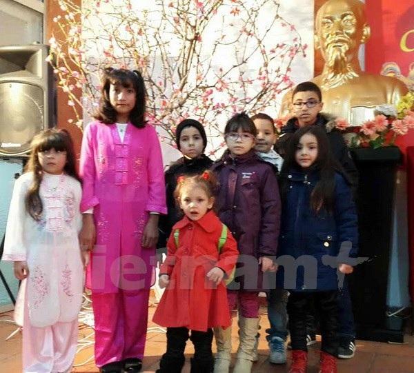Cộng đồng người Việt Nam tại Algeria vui mừng đón Xuân Đinh Dậu - 2