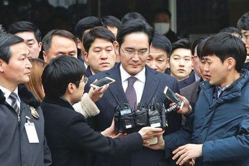 Bức tranh chính trị ảm đạm của Hàn Quốc - 2