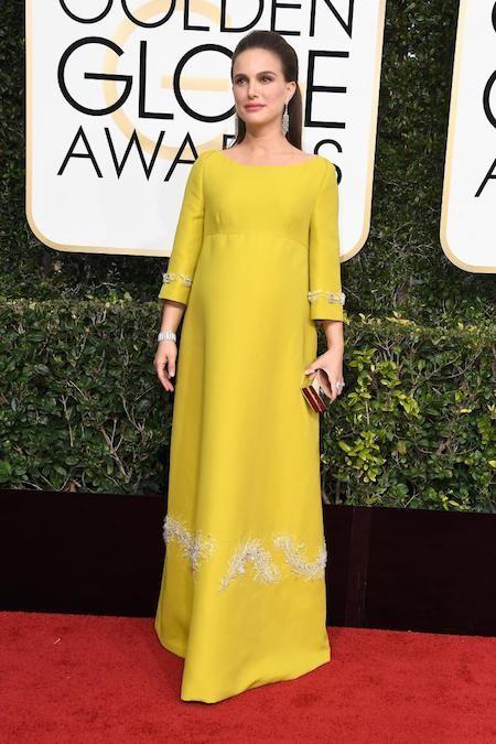 Ngoài đời, Natalie Portman đang mang thai…