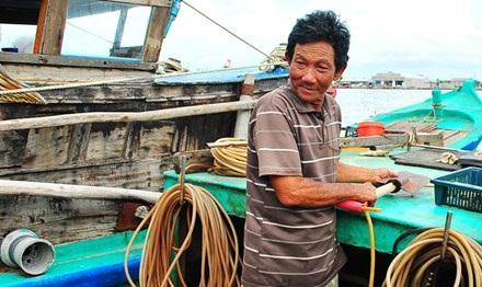 Ông Nguyễn Văn Tốt (Năm Thợ Lặn) có 3-4 đời là con, cháu nối nghiệp.