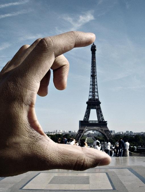 Sự thật kì lạ về tháp Eiffel mà bạn chưa biết - 2