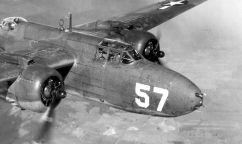 9 máy bay ném bom mạnh hơn máy bay tiêm kích - 2