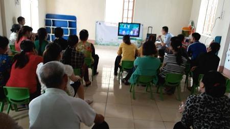 Buổi giới thiệu chương trình học trực tuyến cho phụ huynh