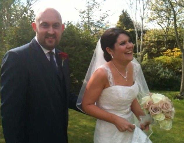 Cặp đôi gặp nhau vào tháng 5/2008 và kết hôn vào tháng 4/2012