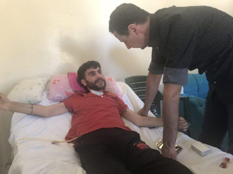 Tổng thống Syria đến thăm thương binh Syria ở tỉnh Hama.