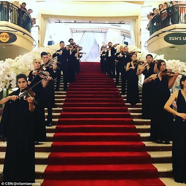 Lễ cưới thuê hàng chục nghệ sĩ violon