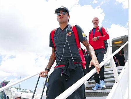 Neymar vừa gửi lời chào tới các fans Trung Quốc