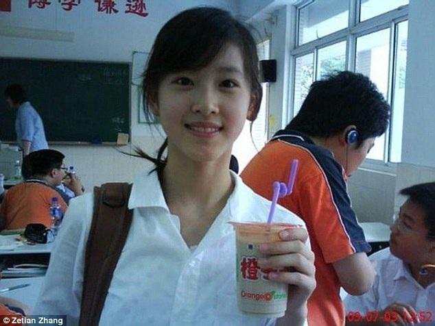 """Sau đó, cô được đặt biệt danh là Naicha meimei hay """"cô bé trà sữa"""". (Nguồn: Twitter)"""