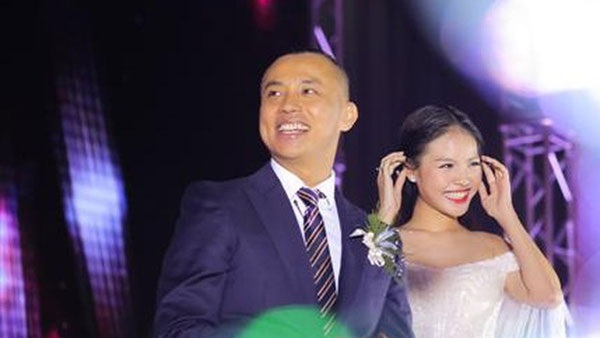 Chí Anh cho biết không có sự mâu thuẫn trong cuộc sống hôn nhân lệch tuổi.