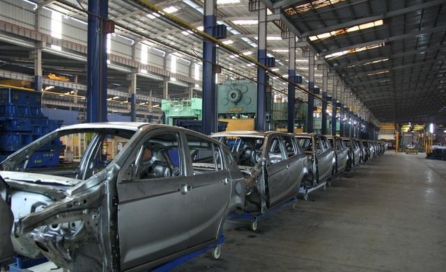 Nhà máy chế tạo khung xe của ông Huyên