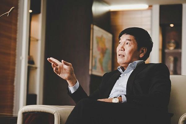 Đại gia Trần Đình Long