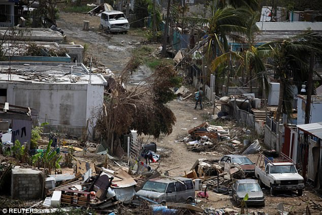 Khung cảnh Puerto Rico bị tàn phá bởi siêu bão Maria tuần trước.