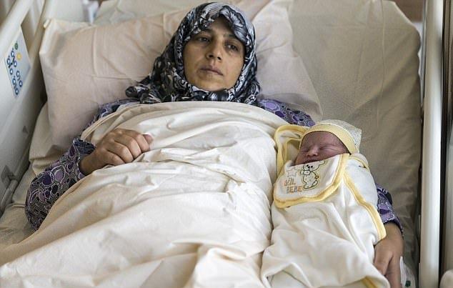 Con của bà mẹ Fatma được đặt tên Recep…